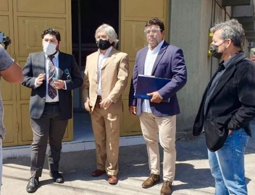 Concejales ingresan requerimiento para destituir al alcalde de Arica por notable abandono de deberes